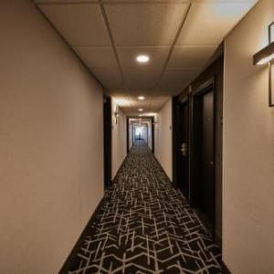 Hotels near Church on the Queensway - Stay Inn Hotel