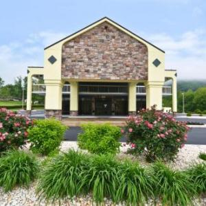 BEST WESTERN Cades Cove Inn