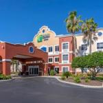 Holiday Inn Express Hotel & Suites The Villages