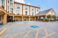 Comfort Inn & Suites Market Center