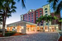 Embassy Suites Hotel Fort Myers, Fl Image