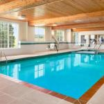 Brat Stop Hotels - Country Inn & Suites Kenosha