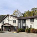 Super 8 Motel - Whitesburg