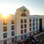 Accommodation near Medina Railroad Museum - Holiday Inn Express and Suites Batavia