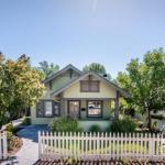 Bungalow On Vine 1536
