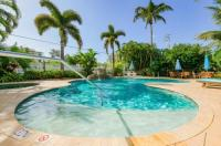 Tropical Breeze Resort - Sarasota Image