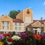 Accommodation near McKnight Hall At UNCCs Cone Center - Best Western Plus Huntersville