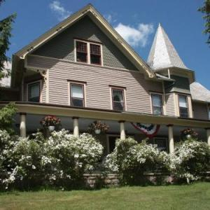 Margaretville Mountain Inn Bed and Breakfast