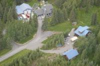 Caribou Crossing Cabins Image