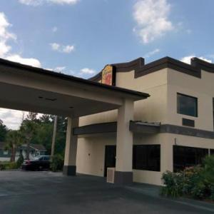 Coastal Carolina University Hotels - Super 8 Conway / Myrtle Beach Area