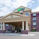 Hotels near Minnesota Renaissance Festival - Holiday Inn Express Hotel & Suites Shakopee