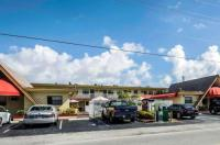 Econo Lodge Hollywood Image