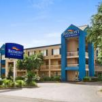 Accommodation near James G Pressly Stadium at Percy Beard Track - Baymont Inn & Suites Gainesville