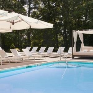 Hotels near Westchester Country Club Rye - Hilton Westchester