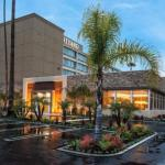 Accommodation near Agoura Hills/Calabasas Community Center - Courtyard By Marriott Los Angeles Woodland Hills