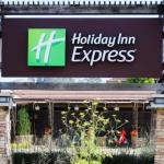 Accommodation near Li Po Cocktail Lounge - Holiday Inn Express Mill Valley - Sausalito Area