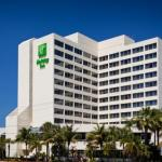 Cruzan Amphitheatre Accommodation - Holiday Inn Palm Beach-Airport Conference Center