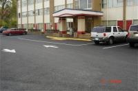 Red Carpet Inn & Suites Albany Image