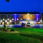 Accommodation near Barnstable High School - Comfort Inn Cape Cod