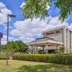Accommodation near Dr Phillips High School - Hampton Inn Closest to Universal Orlando