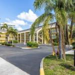 Accommodation near Perfect Vodka Amphitheatre  - Stay Inn West Palm Beach