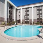 Accommodation near Log Cabin Delaney House - Hampton Inn West Springfield