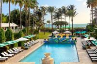 Doubletree Surfcomber Hotel Miami-South Beach Image