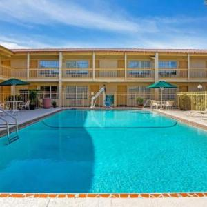 West Tampa Convention Center Hotels - La Quinta Inn Tampa Bay Airport
