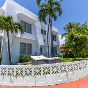 Byron Carlyle Theater Hotels - Seaside Apartment Hotel