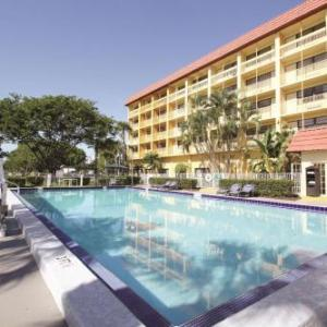Coral Springs Center for the Arts Hotels - La Quinta Inn & Suites Coral Springs University Drive