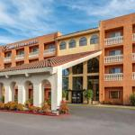 Hotels near Saddle Rack Fremont - Comfort Inn And Suites Newark