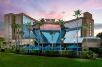 Doubletree By Hilton Orlando Airport Image