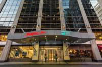 Crowne Plaza Chicago Magnificent Mile Image