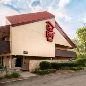 Hotels near Coronado Performing Arts Center - Red Roof Inn Rockford