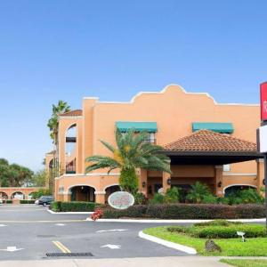 Ramada by Wyndham Kissimmee Downtown Hotel in Kissimmee
