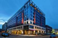 Residence Inn Boston Back Bay/Fenway Image