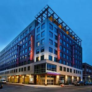 Top Rated Hotel near House of Blues Boston