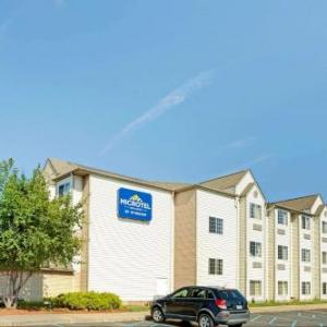 Microtel Inn & Suites By Wyndham Roseville/Detroit Area