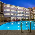 Accommodation near Frank G Bonelli Regional Park - La Quinta Inn & Suites Pomona - Cal Poly