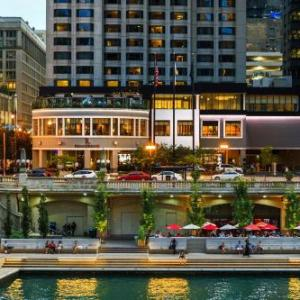 RENAISSANCE CHICAGO DOWNTOWN HOTEL, A Marriott Luxury & Lifestyle Hotel