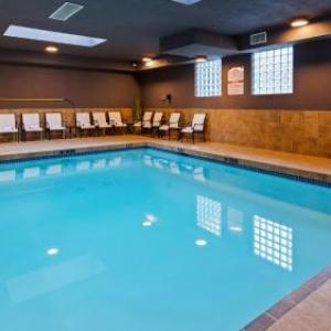 Eaglequest Coyote Creek Golf Club Hotels - Best Western Plus King George Inn And Suites