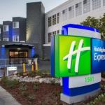 Accommodation near Shoreline Amphitheatre - Holiday Inn Express Mountain View - S Palo Alto