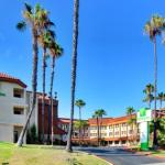 Accommodation near Viejas Arena - Holiday Inn La Mesa