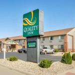 Accommodation near LaSalle Speedway - Econo Lodge Ottawa