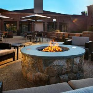 Concannon's Village Hotels - Courtyard By Marriott Boston Norwood