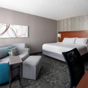Camarillo Ranch House Hotels - Courtyard By Marriott Camarillo