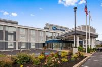 Holiday Inn Express Braintree Image