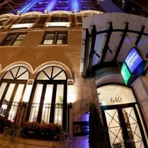 Holiday Inn Express Magnificient Mile Hotel Cass