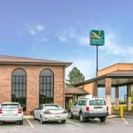 Michigan Renaissance Festival Hotels - Comfort Inn Flint Airport