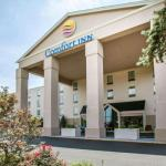 Accommodation near Hollywood Casino Amphitheatre - Comfort Inn St. Louis - Westport